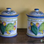 Food containers, sale e zucchero